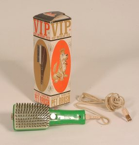VIP PEt Brush cropped