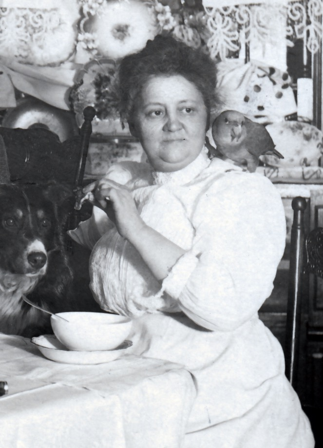 Crosby's Hungry Pets rppc detail 2